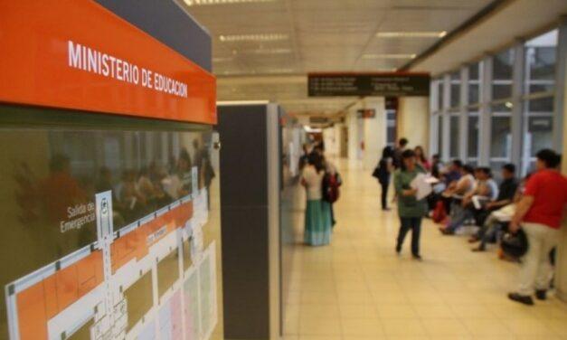 Educación convoca a directivos a retirar libretas de calificaciones Ciclo 2019
