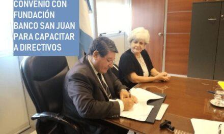 Educación firmó convenio con Fundación Banco San Juan para capacitar a directivos